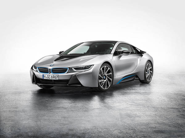 P90131412_highRes_the-bmw-i8-09-2013