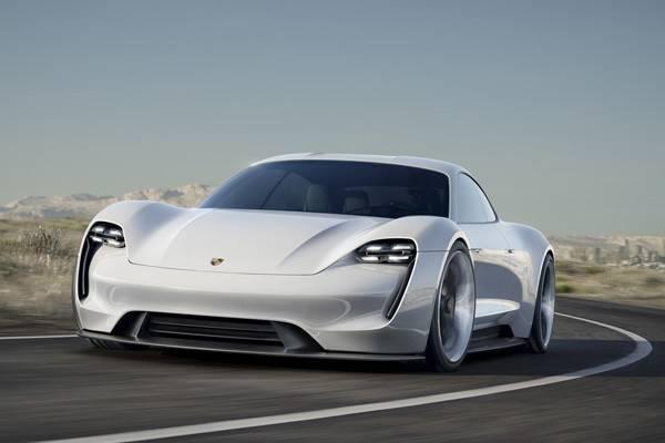 ポルシェが開発を進める100%電気自動車のプロジェクトEコンセプト