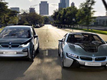 BMWのi3とi8の画像