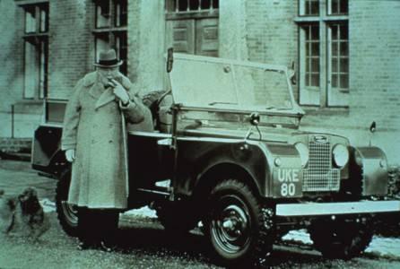 ウィンストン・チャーチルとランドローバーの画像