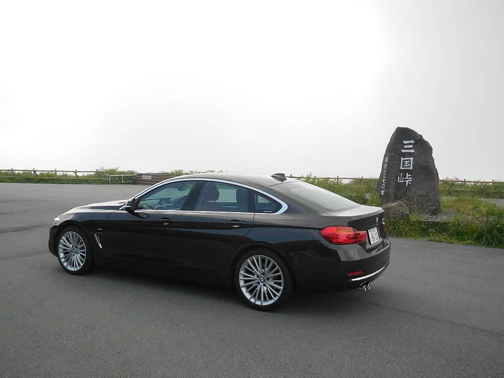 BMW4シリーズグランクーペリヤビュー
