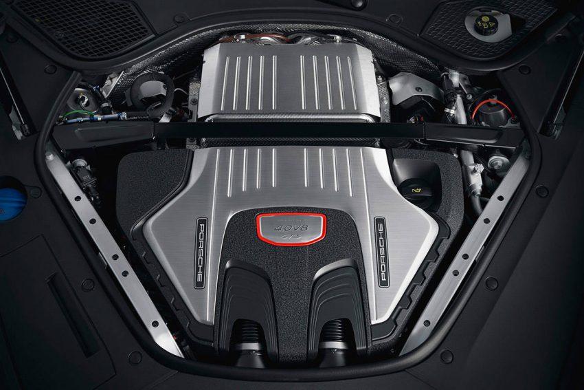 ポルシェ パナメーラGTS V8エンジン