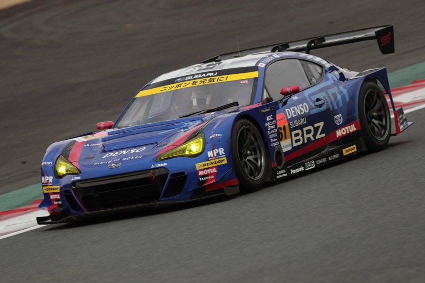 GT300クラスのスバル BRZ GT300