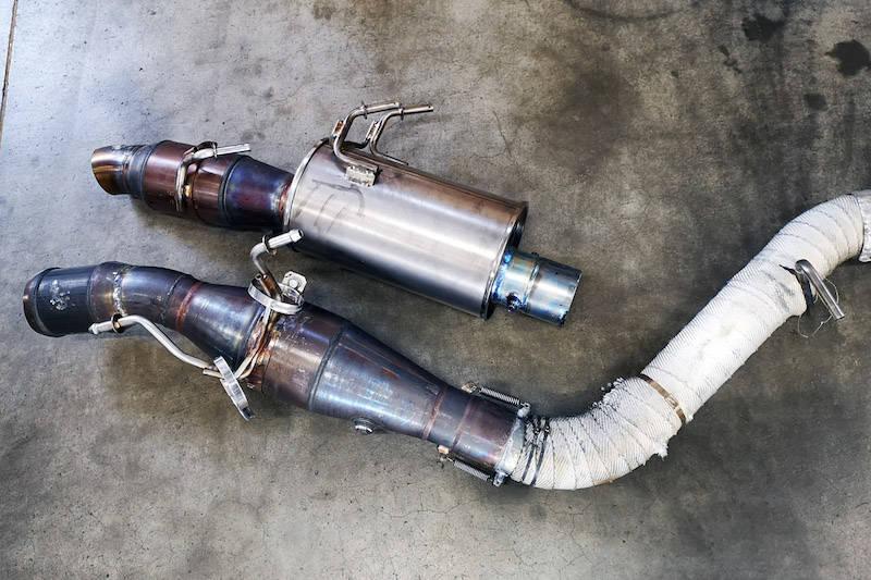 サイレンサーは2種類を準備。フジツボ製だ