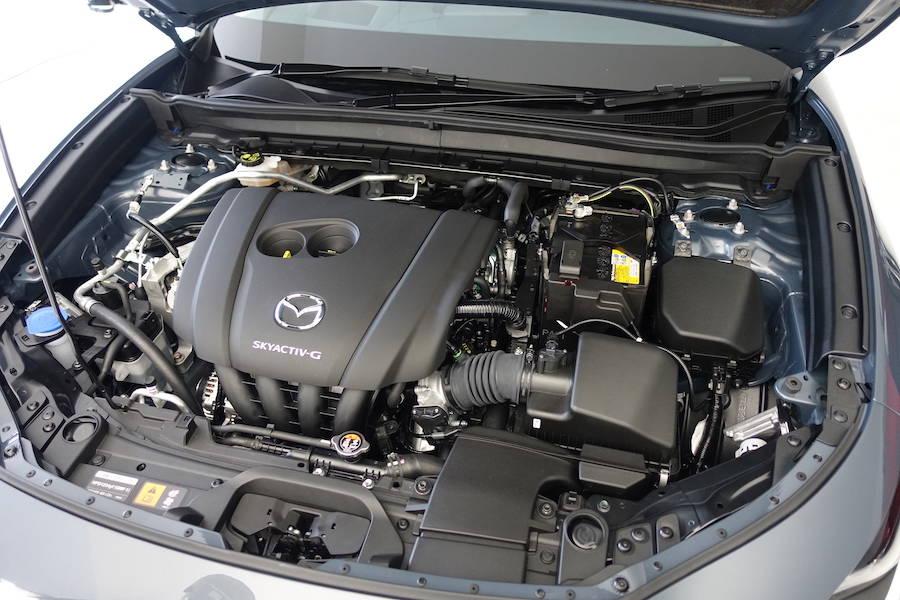 こちらは2.0Lのガソリンエンジン