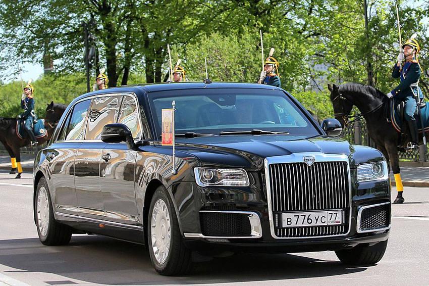 プーチン大統領の公用車「アウルス・ロングホイールベース」
