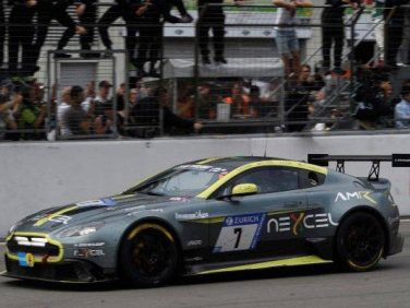 Vantage GT8がニュルブルクリンク24時間レースSP8クラスで優勝