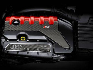 アウディ 5気筒 2.5 TFSIが8年連続でエンジンオブザイヤーを受賞
