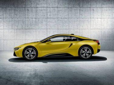 BMW i8のイエローを身にまとった限定モデルは4台のみの販売