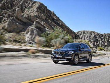 BMW 新型X3を発表