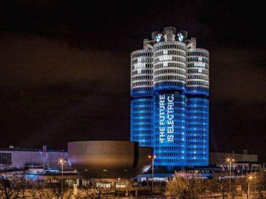 BMWグループが電気駆動モデルの年間10万台販売を達成