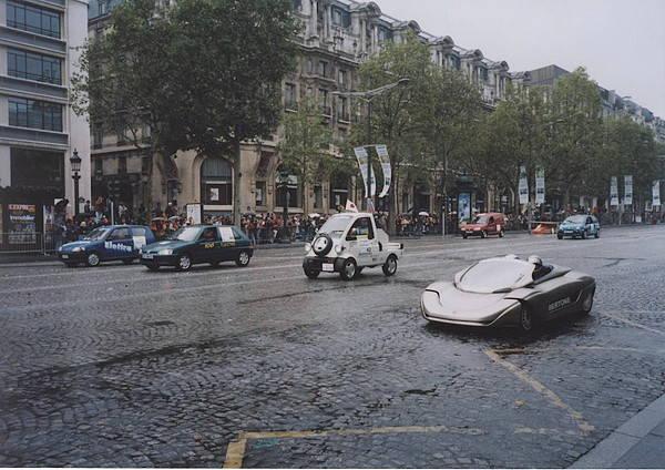 舘内コラム17回 電気自動車 パレードの最後を飾ったEVミゼットII